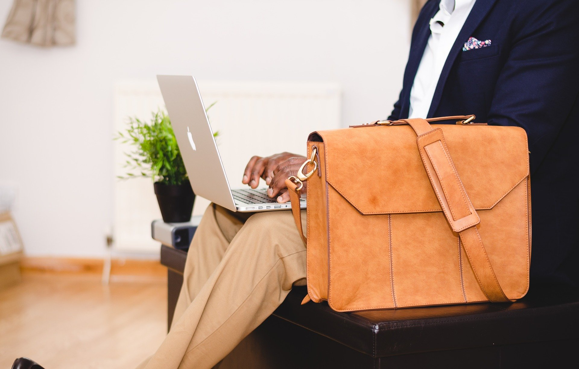 Wybór idealnej torby na dokumenty