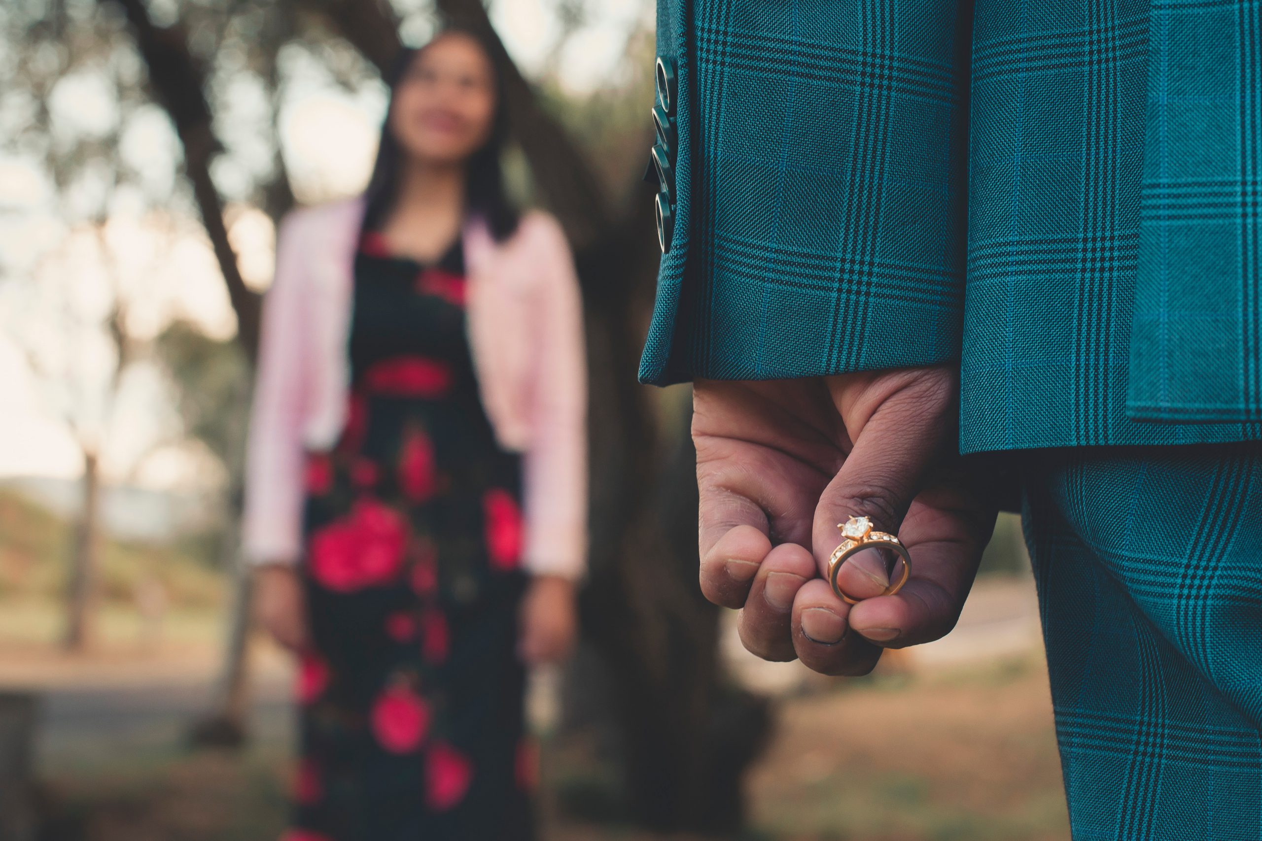 Jak powinny wyglądać zaręczyny?